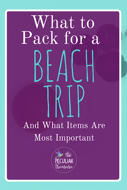 What's In My Beach Bag? And what should you pack for your beach trip?