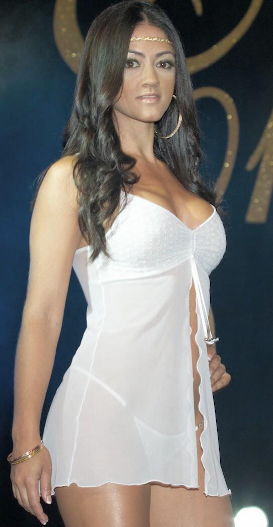 Agustina calvo rosario - 3 4