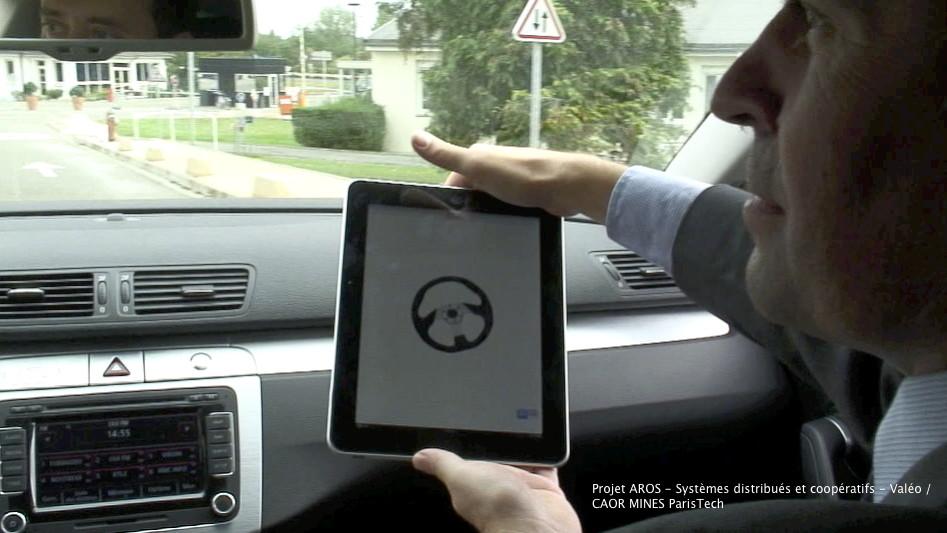 voiture du futur valeo envisage un contr le par smartphone et l 39 ipad de la voiture. Black Bedroom Furniture Sets. Home Design Ideas