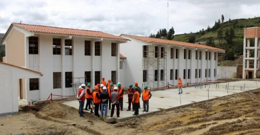 MINEDU: Comisión del Ministerio de Educación inspecciona avances en construcción del COAR - Áncash - www.minedu.gob.pe