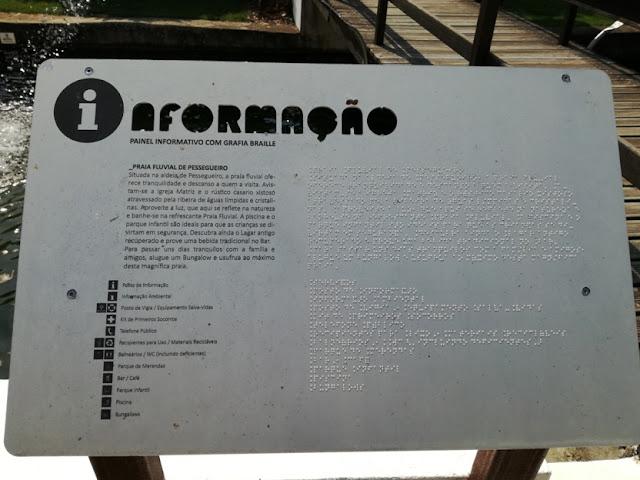 Painel de Informação em Braille
