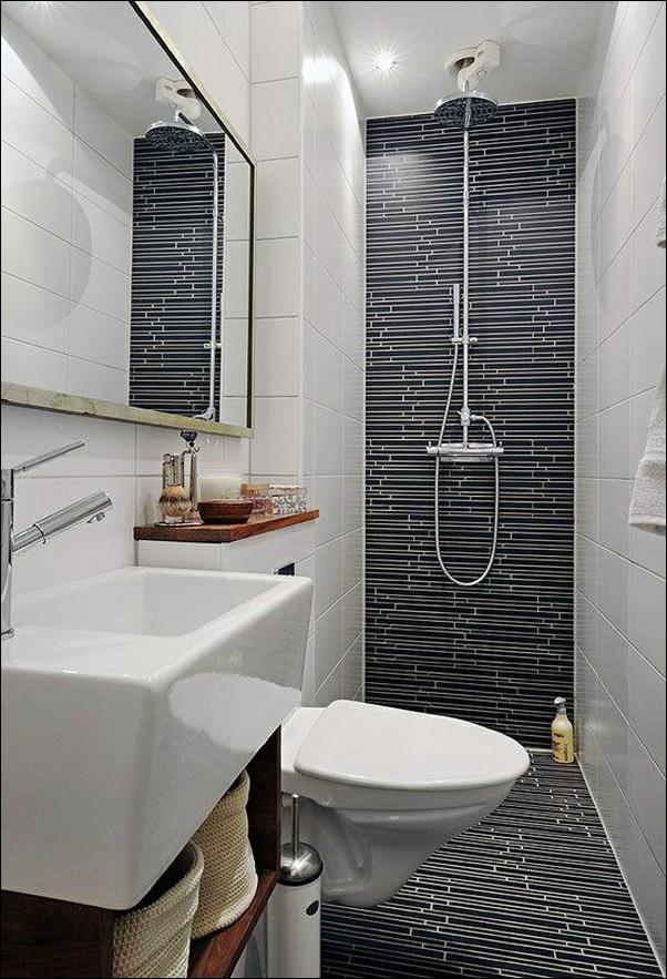 banheiro pequeno escuro