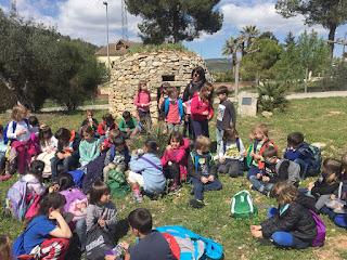 http://cancarabassaprimer.blogspot.com.es/2016/04/visita-lescola-rural.html