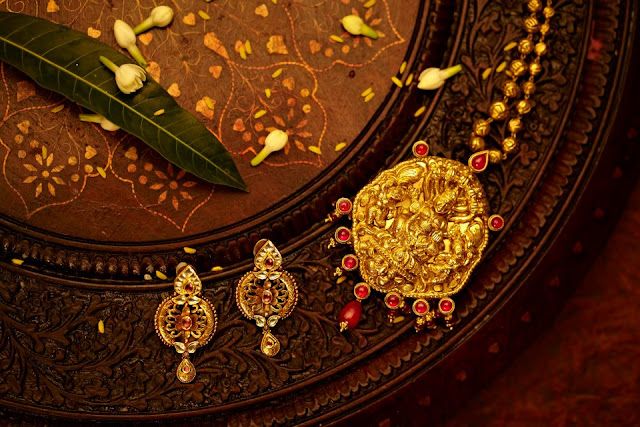 Types of traditional Indian jewellery