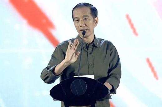 Penyebar Hoax PKI Ditangkap, Jokowi: Itu yang Namanya Nabok