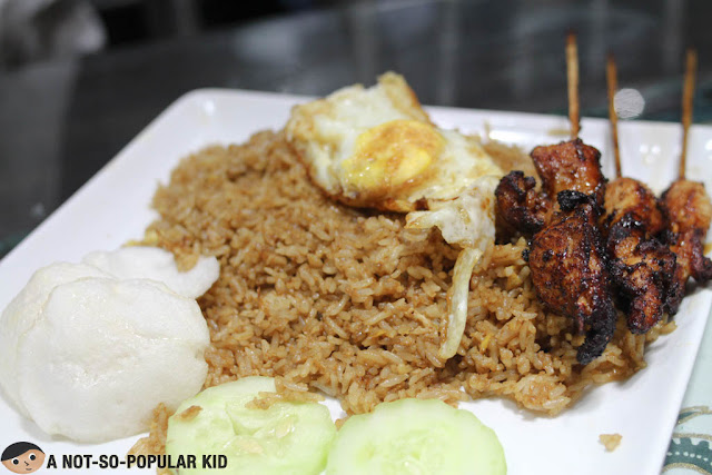 Special Fried Rice with Chicken Satay, Fried Egg and Prawn Crackers
