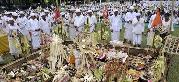 Makalah Agama Hindu Dewa Yadnya