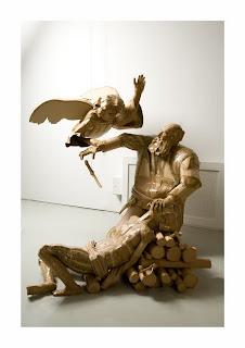 Escultura con cartón reciclado