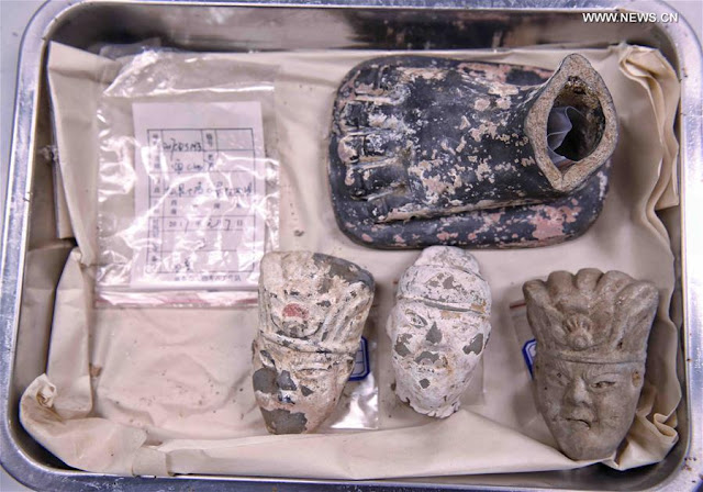 Ancient tombs with rare artefacts discovered in SW China
