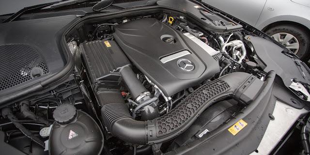 Động cơ Mercedes E200 2017 vận hành mạnh mẽ và vượt trội