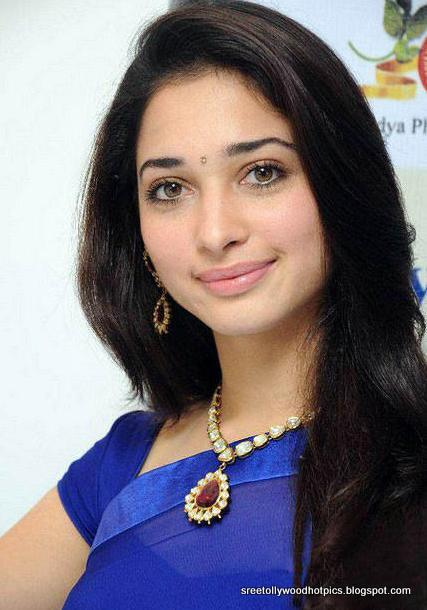 Tamanna Blue Saree: Tollywood Hot Pics: Tamanna Cute Stills In Blue Saree