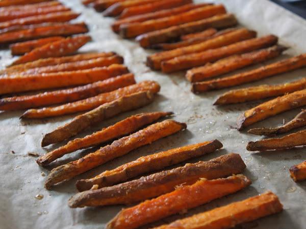 REZEPT: Süßkartoffel-Pommes (Sweet Potato Fries)