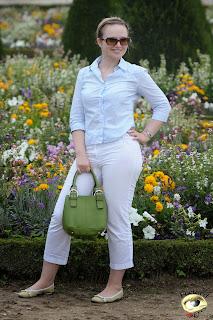 mujeres pantalones transparentes