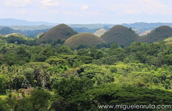 Conos-Chocolate-Hills