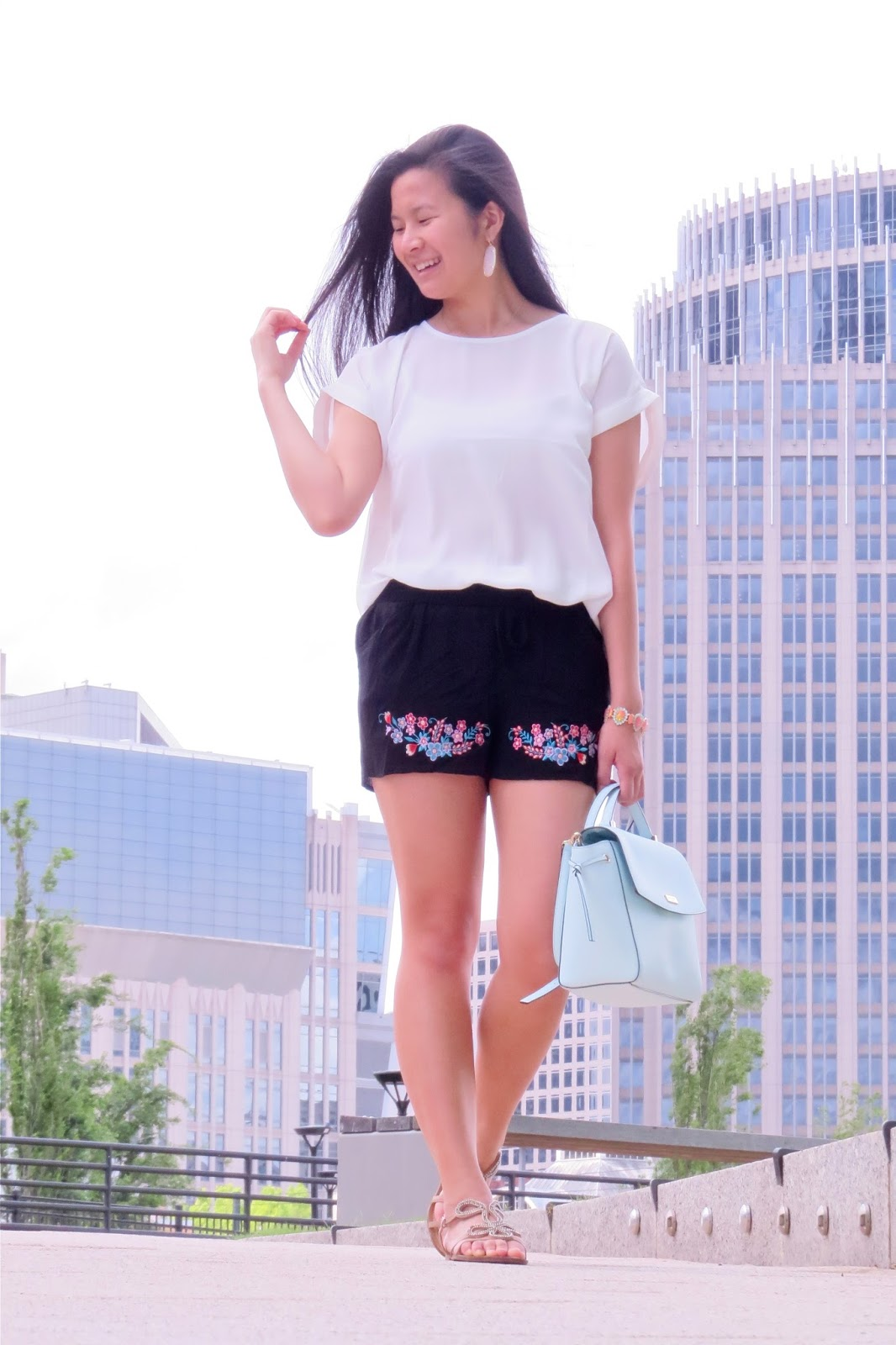 Styling Embroidered shorts