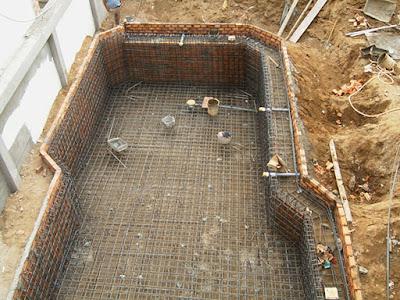 Chọn một nhà xây dựng bể bơi có uy tín