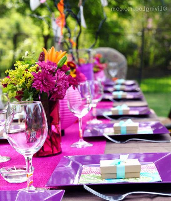 décoration de table d'anniversaire fleur rose