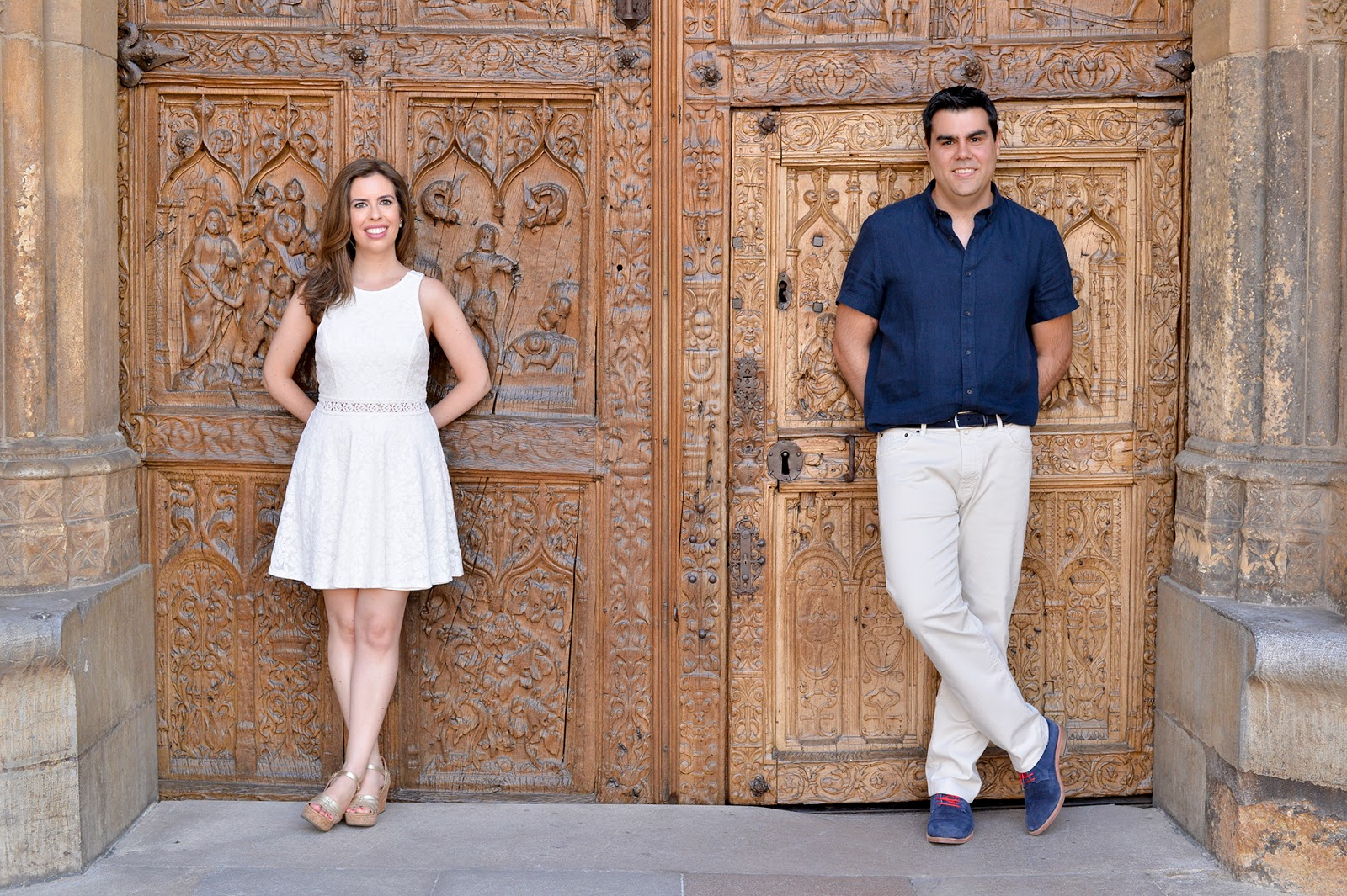 engagement pre-wedding photoshoot outfit fashion blogger