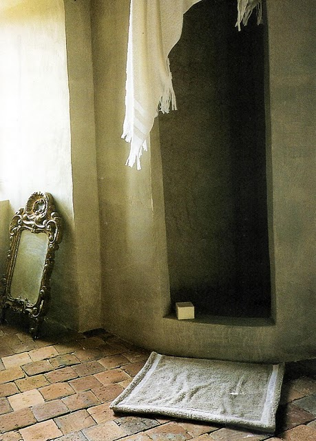 SShower in French chateau bath (see previous two images), Côté Sud Magazine, edited by lb for linenandlavender.net