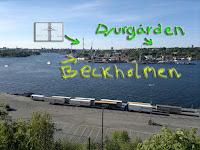 Har här kommit upp en bit på berget och kan bland annat se Djurgården och Beckholmen närmast. Vackert! Karusellerna gick på högvarv på Gröna lund.