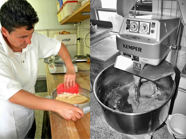 Bäckermeisterin Karmen Kron ist in der kleinen Backstube die rechte Hand von Helmut Ruß. Bäckerei Ruß in Guldental an der Nahe. #MoToLogie