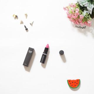 harga-ishine-01-fantasy-pink-lipstick.jpg