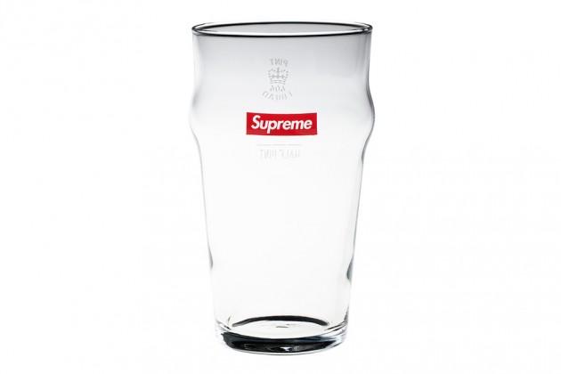 supreme ss13 gadgets 15 630x420 - Supreme - Acessórios (Primavera/Verão 2013)