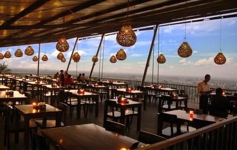3 Rekomondasi Wisata Kuliner Dengan Pemandangan Alam Yang Menakjubkan Bukit Gronggong
