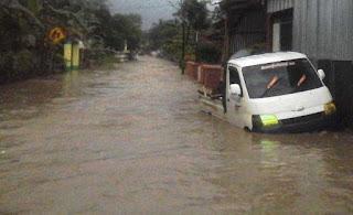 Kecamatan Cibingbin Kuningan terendam banjir