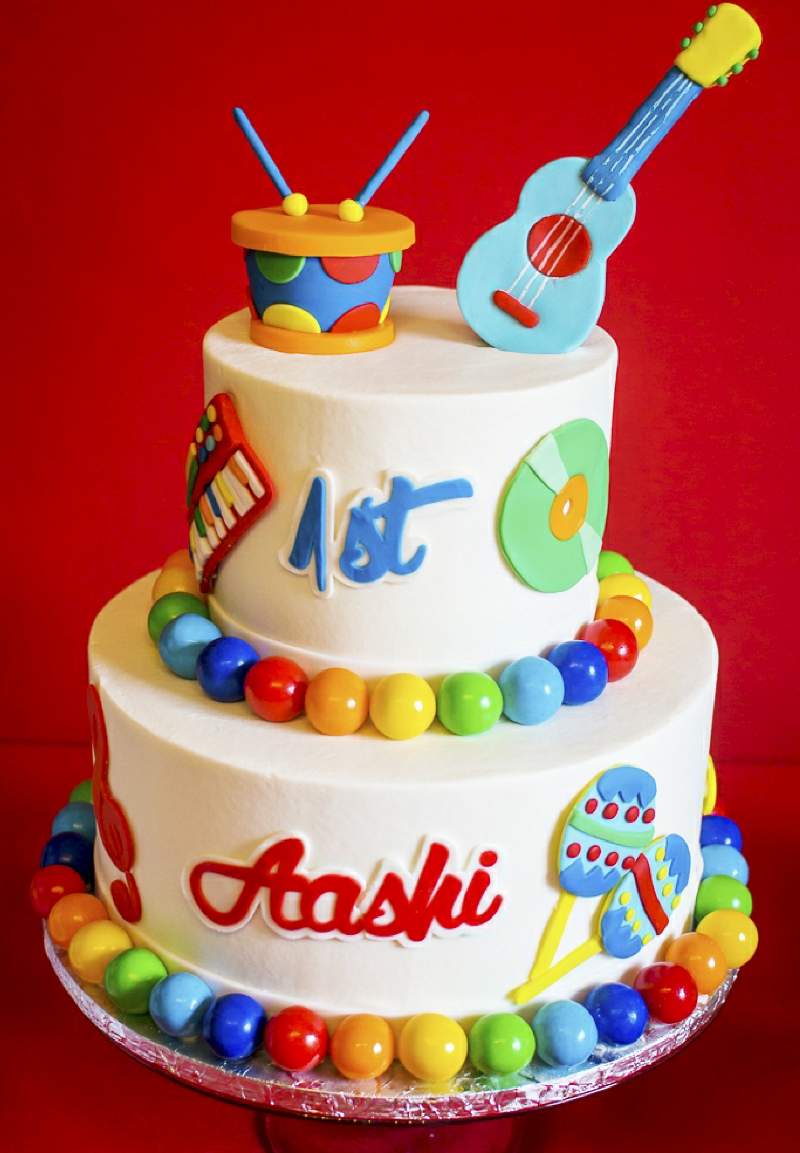 Baby Jam: A Music Inspired 1st Birthday Party Cake - via BirdsParty.com