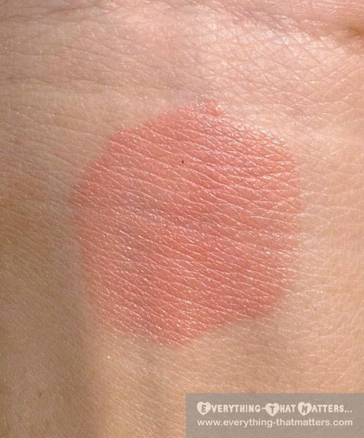"Oriflame Studio Artist Cream Blush ""Soft Peach"" Swatch"