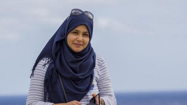 المغربية نجاة دريوش أول مسلمة تصل إلى البرلمان الكاطالوني