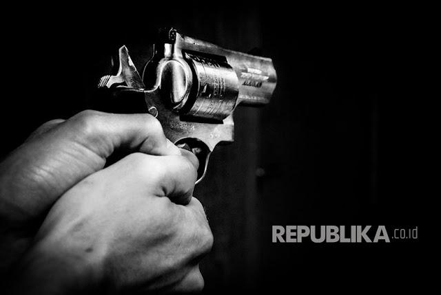 Anggota TNI Tewas Ditembak Saat Belanja ke Pasar