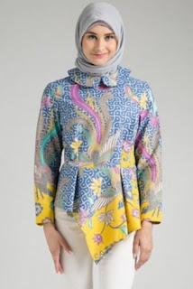 Model Baju Batik Wanita Muslimah Terbaru