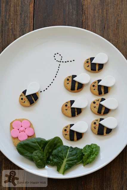 cute honey bee cookies