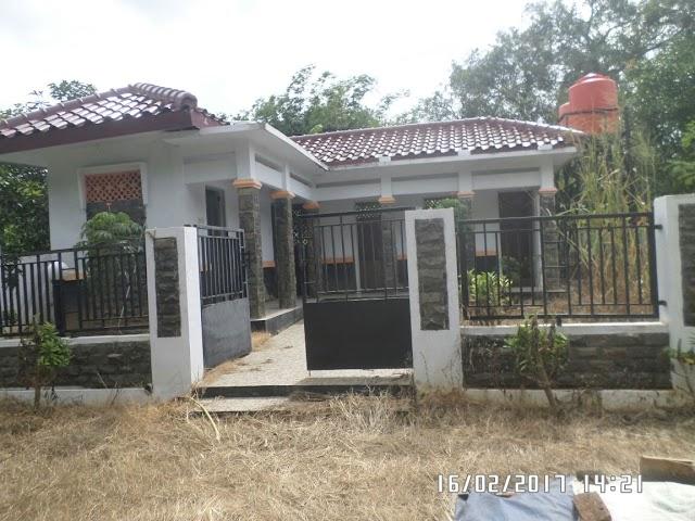 Terbengkalai, Bangunan MCK di Desa Rambatan Kulon ini Dinilai Sia-Sia