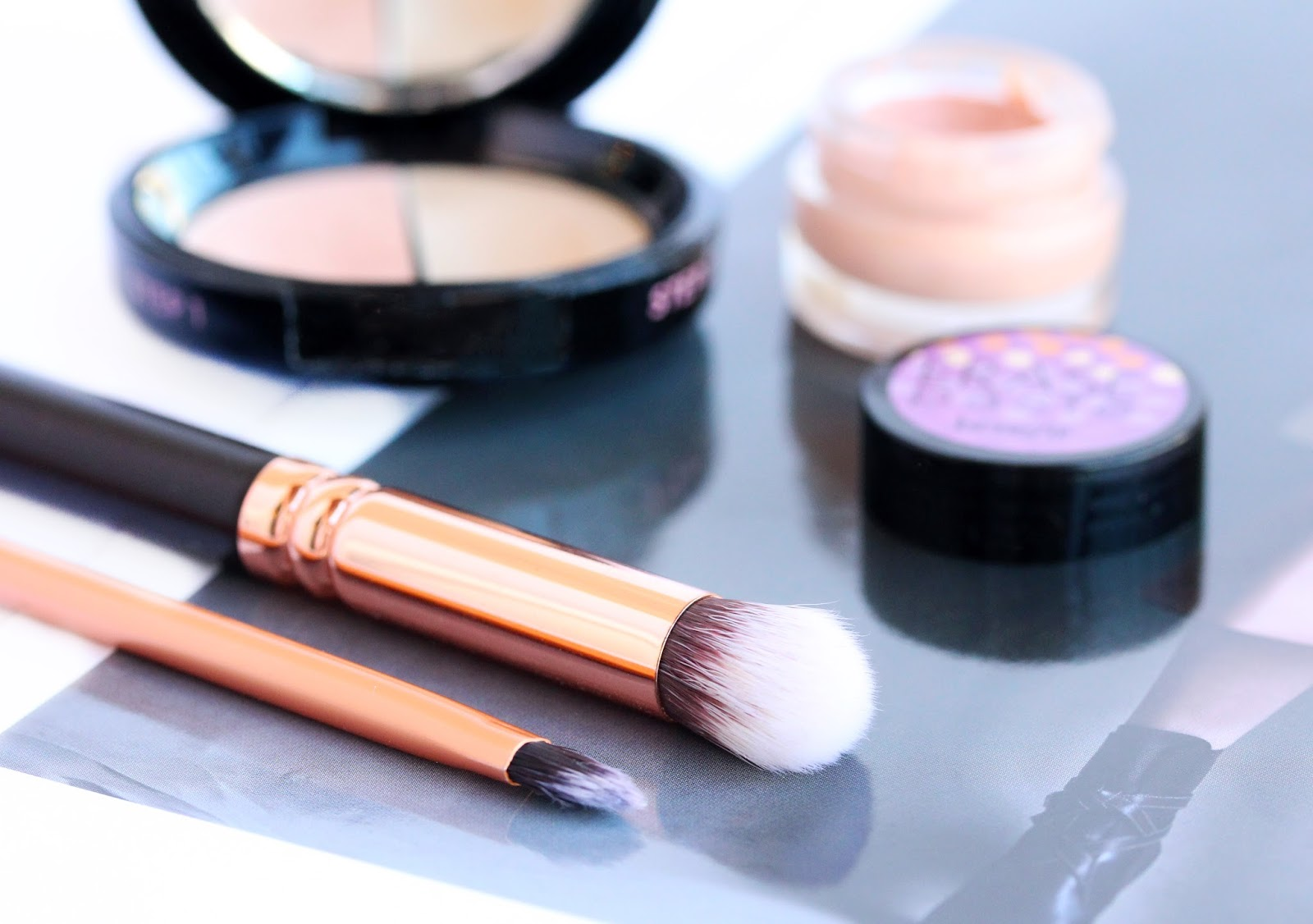 Best Concealer Brushes / Real Techniques Detailer brush and Zoeva Concealer Buffer brush