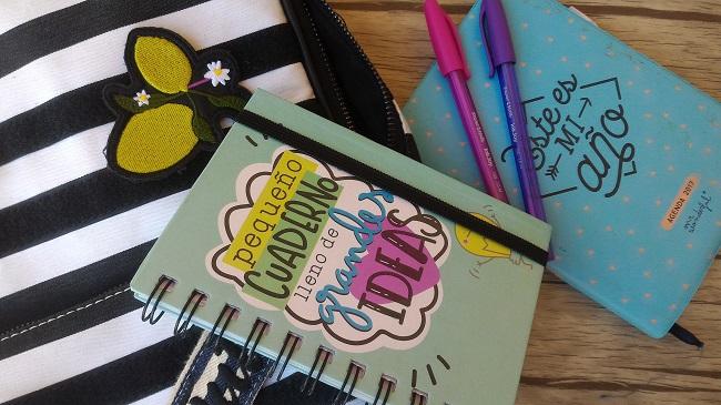 Qué llevo en mi bolso del trabajo - Agenda de mr. wonderful y bolígrafos de colores