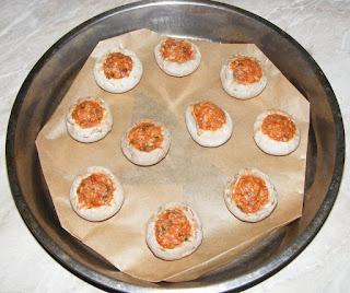 preparare ciuperci, ciuperci, ciuperci umplute, ciuperci umplute la cuptor, ciuperci umplute cu soia, retete, retete de post, retete culinare, ciuperci la cuptor, mancare de post, mancaruri de post, ciuperci gatite, ciuperci de post, ciuperci cu soia si legume la cuptor,