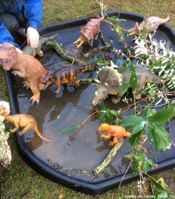 Dinosaur Swamp Tuff Tray