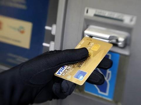 Hindari Dampak Penggunaan Kartu Kredit, Agar Tidak Menyesal Terlalu Dalam