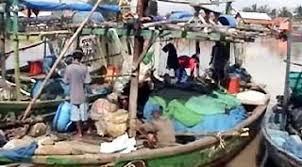 Nelayan Karawang Terganjal Permen