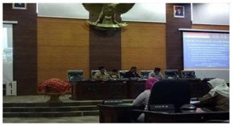 Wagub Sumbar Jawab Pandangan Umum Fraksi DPRD Dumbar Atas Tiga Ranperda.