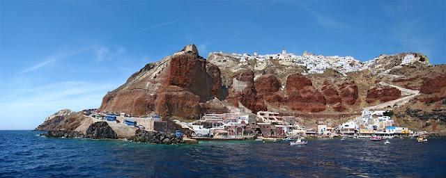 Passeio pela caldeira de Santorini