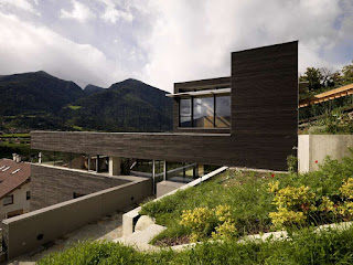 House D oleh PAUHOF Architeckten