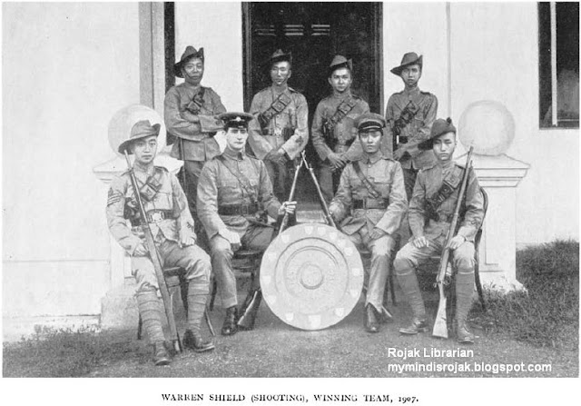 Warren Shield 1907 by the winning team of the Chinese Company, S.V.I.