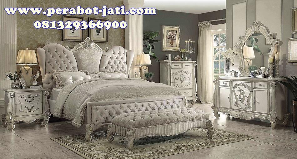 Ranjang Tidur Klasik Ukir Minimalis