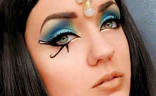 551eec0a3 Como hacer un maquillaje egipcio digno de Cleopatra
