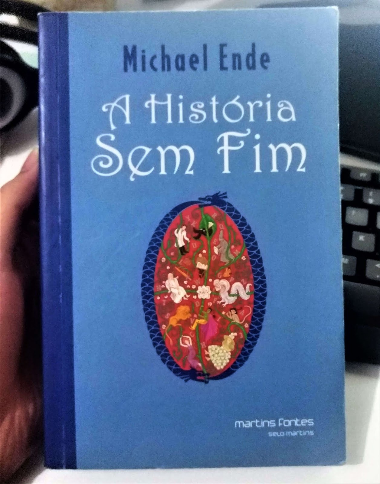 Um dos meus livros favoritos de infância.