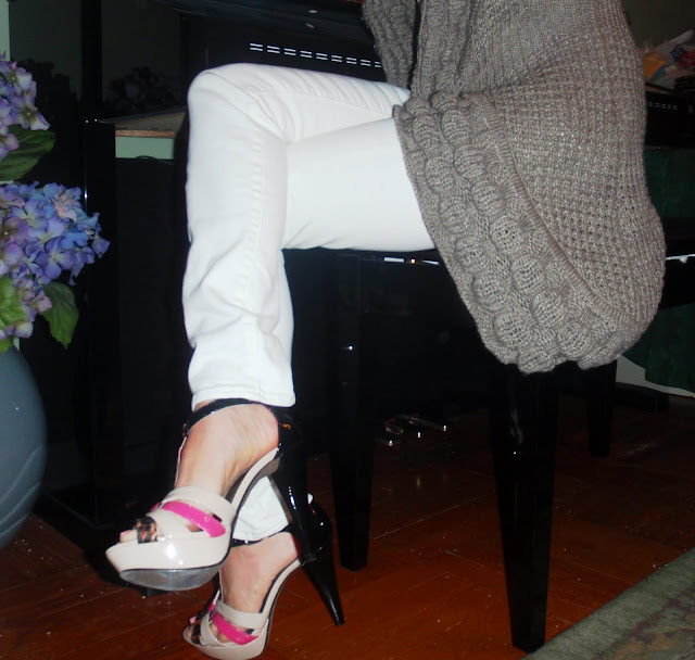 sexy shoes and white pants
